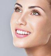 什麼是變色牙,怎樣治療?